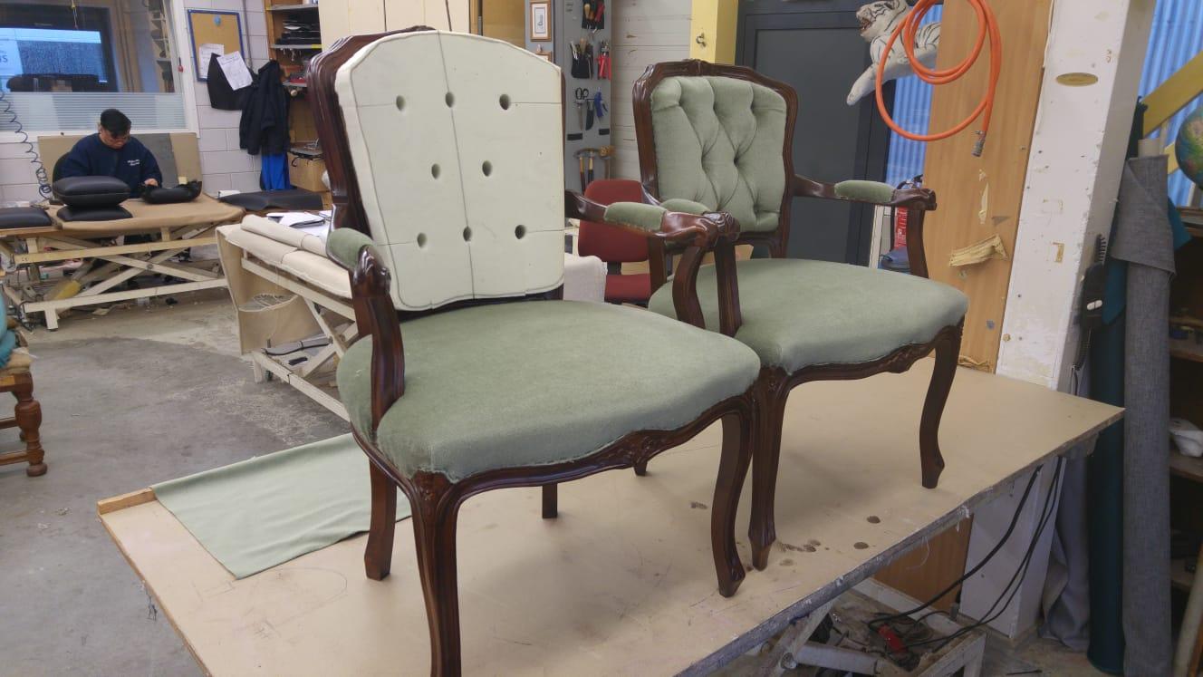 Stoel Opnieuw Bekleden : Buisframe stoelen opnieuw stofferen werkspot