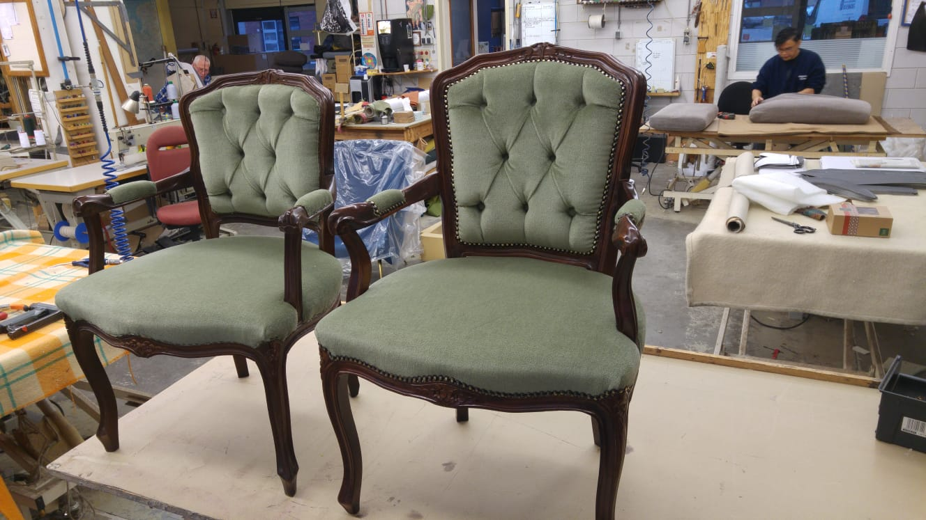 Stoel Opnieuw Bekleden : Fauteuil opnieuw stofferen meubelstoffering kopen in helmond